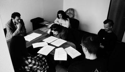 В Молодёжном театре начались репетиции кухонного боевика «КОРОЛЕВА КРАСОТЫ»