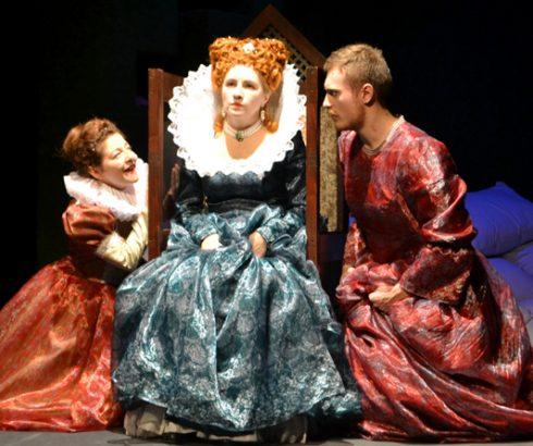 В Гомеле состоялась премьера спектакля «Одна Елизавета…»